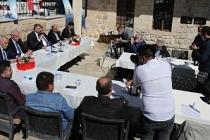 Mardin'de AK Partili belediyeler çalışmalarını anlattı