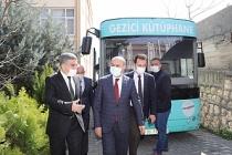 Vali Demirtaş'tan Kütüphane Haftası ziyareti