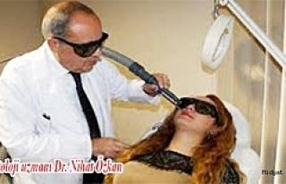"""Dr. Nihat Özkan, """"Lazerde Leke Tehlikesi"""" İçinUyardı"""