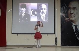 Midyat'ta İstiklal Marşı'nı güzel okuma...