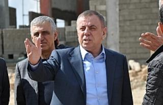 Başkan Şahin, Yeni Hizmet Binalarını Gezdi