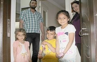 Başkan Şahin'den, evde kalan çocuklara bayram...