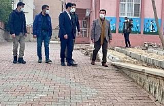 Dargeçit Belediye Başkanı Aksoy Peyzaj Çalışmalarını...