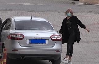 Adana'da Türbede saygısızlık yapan şüpheli...