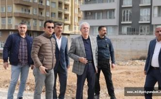 Nur Mahallesinde spor sahası ve park çalışmalarına başlandı
