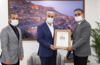 Rektör Özçoşar'dan Vali Demirtaş'a Teşekkür Ziyareti