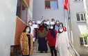 MARMEK'te eğitimlerini tamamlayan kadın kursiyerler...