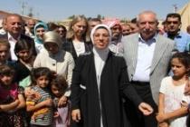 Ravza Kavakçı Kan, 'Suriyeli ve Ezidi' mültecilerin bayramını kutladı