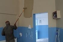 Midyat Belediye tarafından okullar boyanıyor