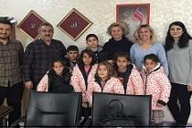 Estel Midyat Anadolu Kardeşlik Derneği'nden, Öğrencilere Mont Yardımı