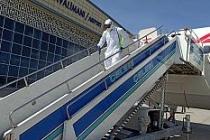 Büyükşehir Belediyesi tarafından uçak ve havaalanı dezenfekte edildi
