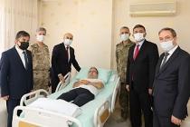 Vali Demirtaş'tan 15 Temmuz Gazilerine Ziyaret