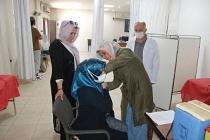 Midyat Belediyesine ait sağlık kabinlerinde COVID-19 aşısı yapılıyor