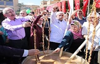 İlk Harire Şenliğine Binlerce Vatandaş Katıldı