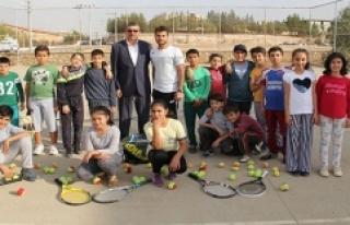 Midyat'a tenis kortu müjdesi