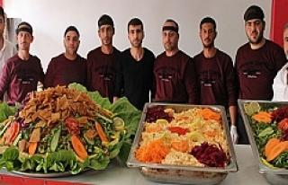 Midyat'ta, Suriyelilere ait Ali Baba Lokantası...