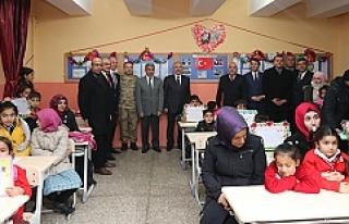 Mardin'de 249 bin öğrenci karne heyecanı yaşadı