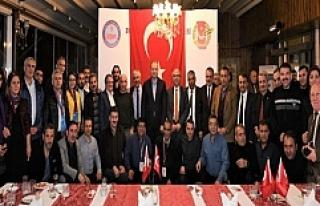 Vali Yavuz, Güneydoğu Anadolu Gazetecilerle Yemekte...