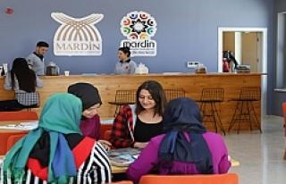 """Artuklu Üniversitesinde """"Genç Kafe"""" açıldı"""