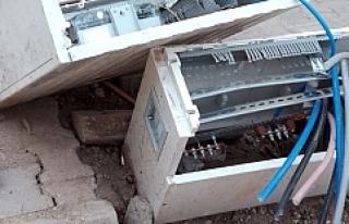 Nusaybin'de Kaçağı Önleyen 87 Pano Tahrip Edildi