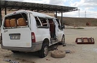 Midyat'ta trafik kazasında, ikisi çocuk üç...