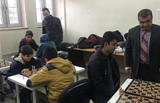 Bu Yıl 13. Ödüllü Faysal Durmaz Satranç Turnuvası...