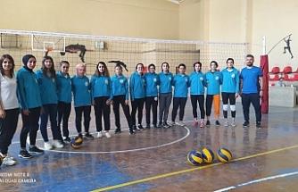 Midyat'ta İlk Bayan Voleybol Takımı kuruldu