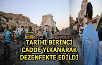 Tarihi Birinci Cadde yıkanarak dezenfekte edildi