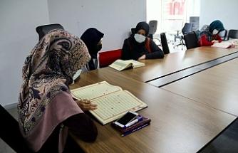 Kadınlara yönelik kurslar devam ediyor