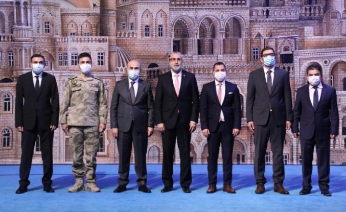 """Mardin'de """"Pandemi Döneminde Stres Yönetimi"""" Konferansı Düzenlendi"""