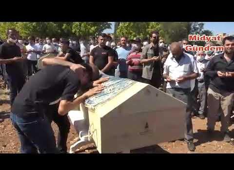 Kazada hayatını kaybedenler gözyaşları arasında toprağa verildi